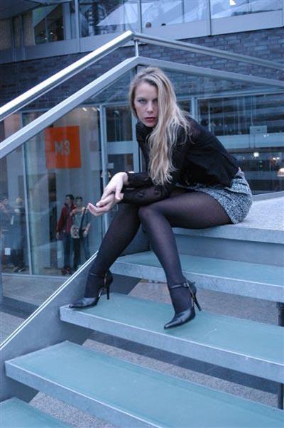 Einige Aufnahmen aus dem Model Portfolio von Astrid - Sie befinden sich in der Fotogalerie Outdoor Location